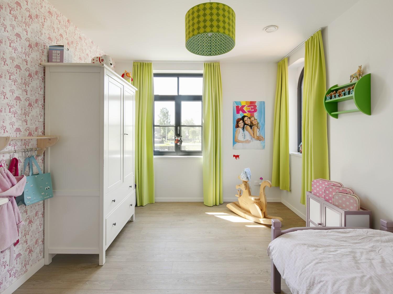raamdecoratie gordijnen kinderkamer