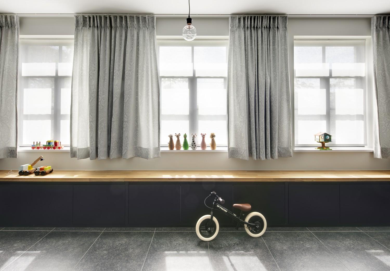 Gordijnen met tekening in woonkamer - VENS Waasmunster